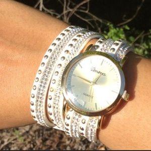 Wrap Around Fashion Watch White